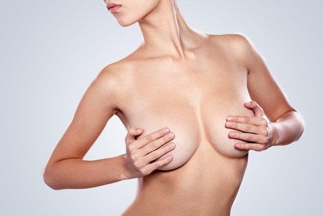 Mamoplastia de reducción de pecho