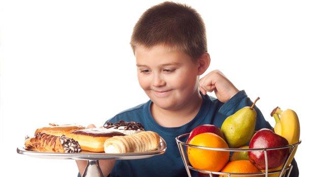Debemos evitar caer en las prisas y sustituir alimentos naturales por precocinados.