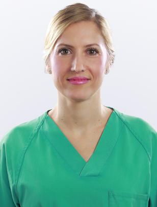 Enfermera Paqui - Clínicas Diego de León