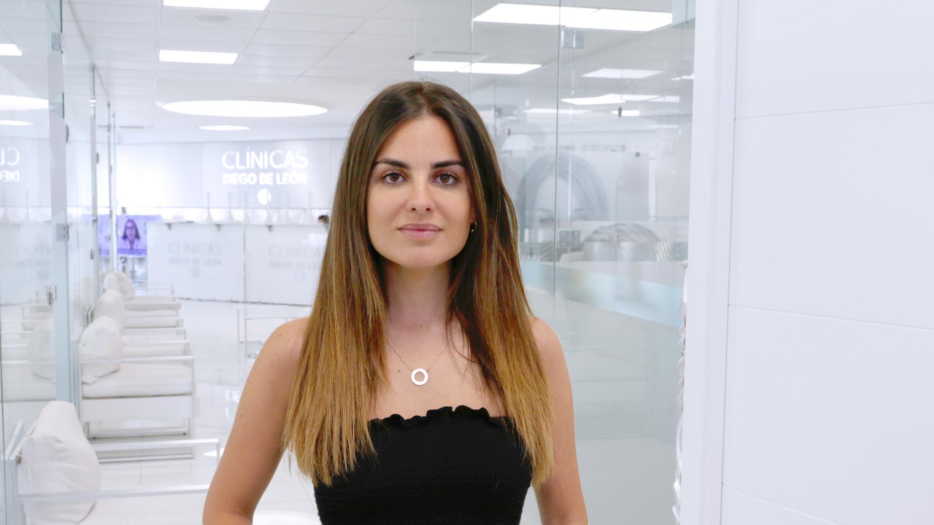 Alexia Rivas prueba el «Efecto Buena Cara», su truco infalible para borrar el estrés facial